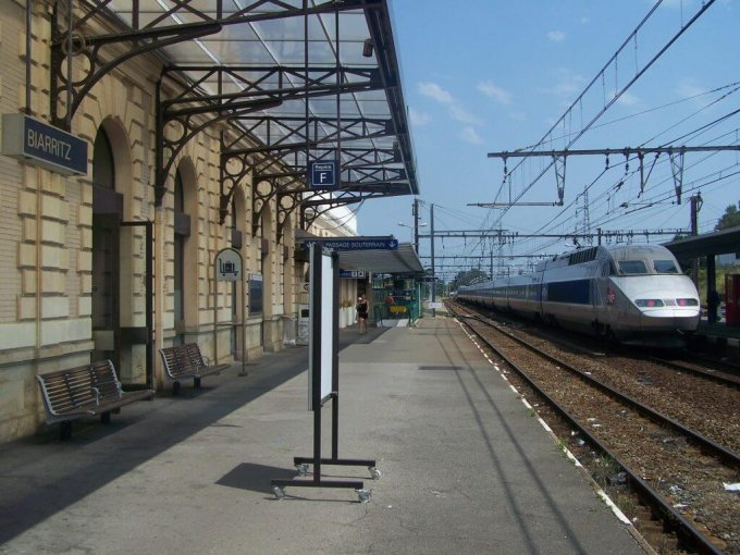 Biarritz train station rails